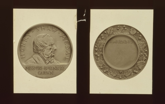 The Henry Shaw Medal was redesigned in 1932.